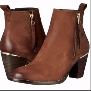 Steven Madden 'Wantagh' Leather Ankle Booties